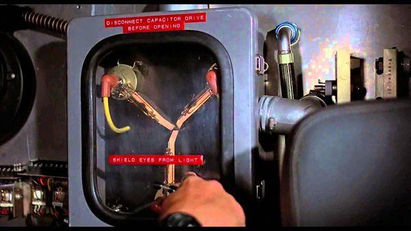 regreso-al-futuro-condensador-fluzo